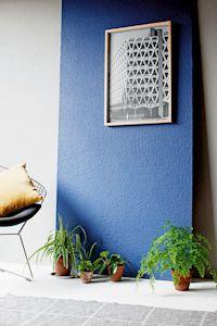 Die Wand als perfekte Kulisse - Wie Raufasertapete Bilder, Interieur oder Deko gekonnt in Szene setzt