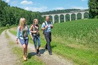 Wandervergnügen im Mittelgebirge - Der Teutoburger Wald lockt mit Kletterparks und beeindruckenden Routen