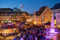 Fröhliche Weihnacht überall - Vier benachbarte Metropolen begrüßen Gäste aus aller Welt
