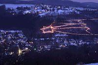 Weihnachts-Wunderland für Krippenfreunde – In der Adventszeit erstrahlt wieder das Weihnachtsdorf in Waldbreitbach